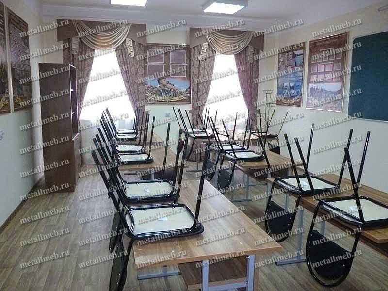 Оснащение мебелью и оборудованием комнаты для совещаний