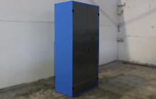 Инструментальный шкаф КРОН-СШИ-01.02.04 вид сбоку