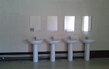 Место для мытья рук в солдатской столовой