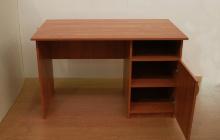 Фото офисного стола КРОН-С-08 в открытом виде