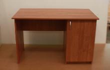 Фото офисного стола РМЗ-С-10 общий вид
