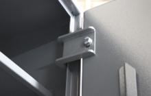 Фото металлических петель шкафа ОШ-130 ПУ