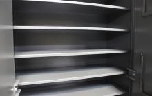 Фото металлических полок шкафа ОШ-130 ПУ