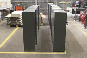 Металлические сейфы с двумя дверцами фото