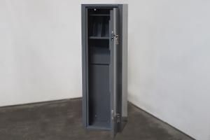Вид сбоку оружейного металлического шкафа