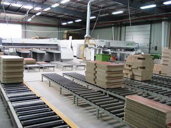 линия производства армейской мебели