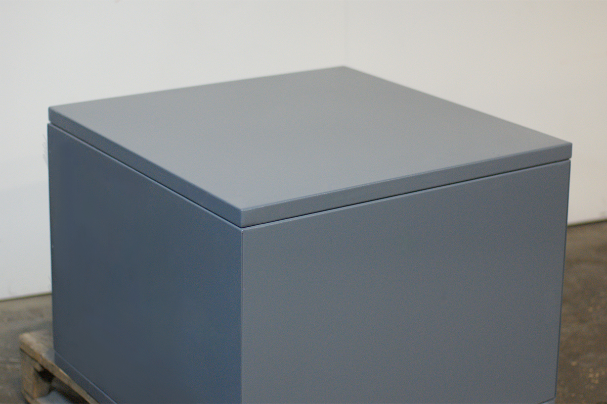 Фото металлического ящика общий вид