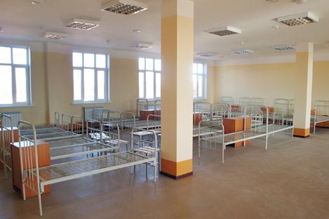 Оснащение армейской мебелью военного городка в городе Кызыл