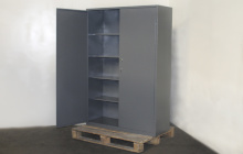 Вид сбоку металлического шкафа 04-02