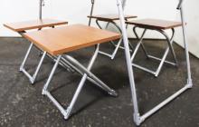 Фотография комплекта четырех стульев