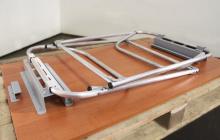 Фото металлического каркаса стола