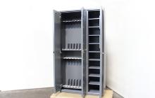 Открытые дверцы шкафа ШОК-3