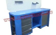 Фото двухтумбового слесарного стола с открытыми ящиками (вид сбоку)