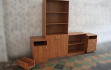 Фотографии комплекта офисной мебели