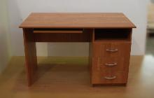 Фото офисного стола КРОН-СК-04 общий вид