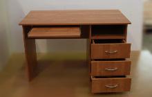 Фото стола КРОН-СК-04 с полкой под клавиатуру