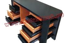 Двухтумбовый слесарный стол с перфорированным экраном  (вид сбоку)